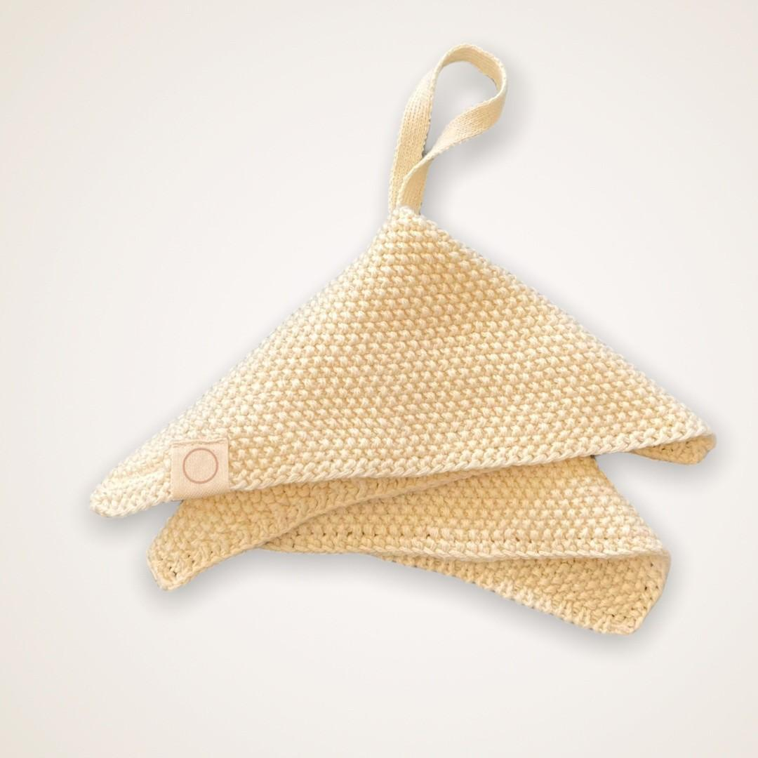 Coco & Pine - Fopspeenketting Ecru Knitted Collection